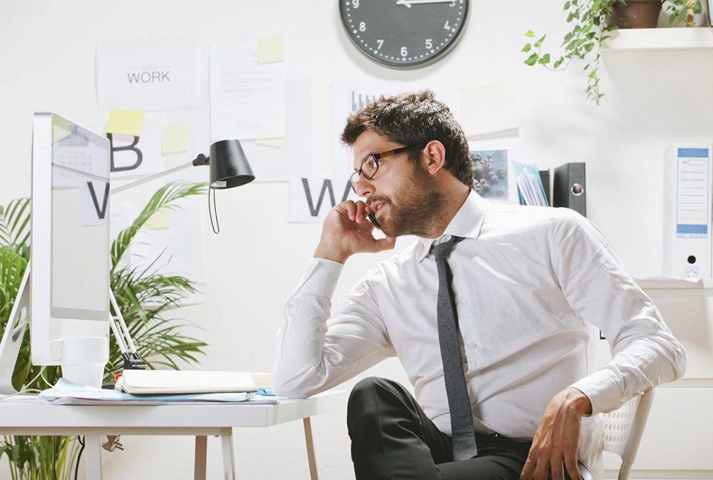 Undgå irriterende fejl med online tidsregistrering